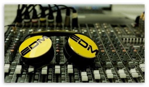 Picking Pop Beats: Dua Lipa Type Beat 2020