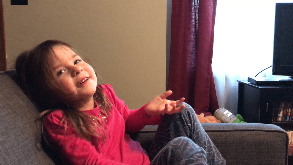 Amelia Telling Jokes