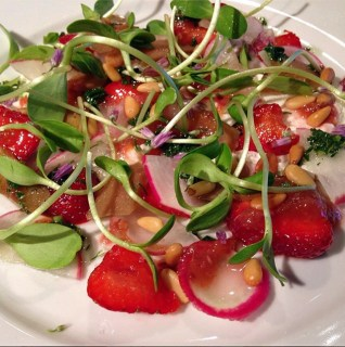 strawberry-salad-art-of-the-table-seattle