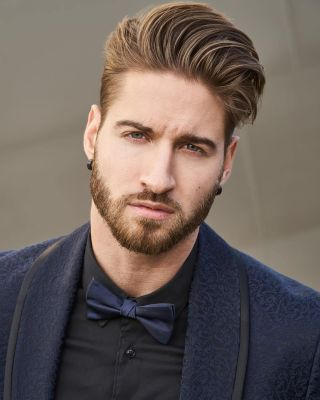 natural outline beard style
