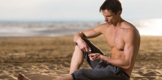 10 Best Sunscreen Made Specially For Men's Face & Body