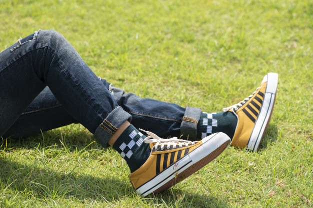 Top 20 Coolest Sneaker Trends For Men Right Now