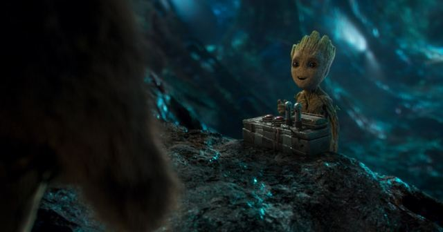 guardians-of-the-galaxy-vol-2-baby-groot-2