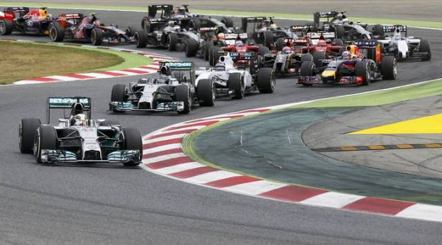Mercedes Formula One driver Hamilton of Britain leads during the Spanish F1 Grand Prix at the Barcelona-Catalunya Circuit in Montmelo