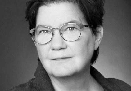 Ellen Klages