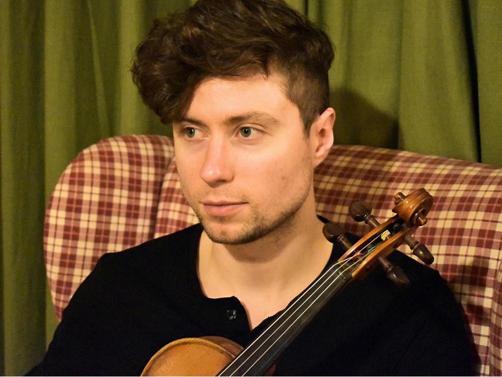 Rowan-C-Leslie-and fiddle