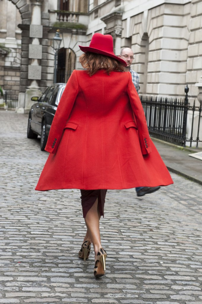 london-street-style-fashion-week-day-1-february-2014-the-impression-theimpression-024