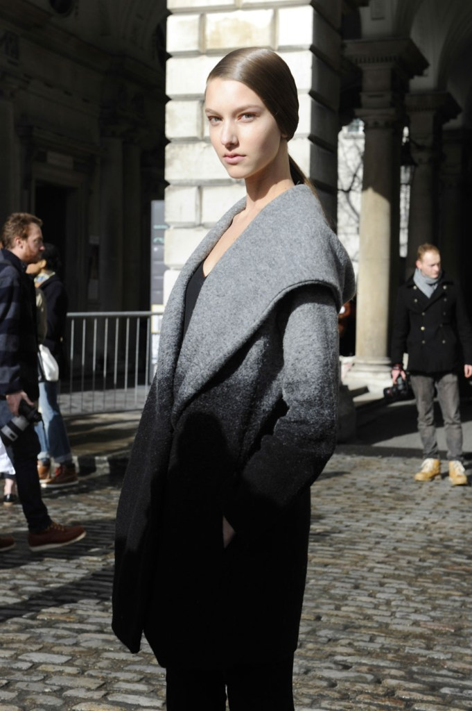london-street-style-fashion-week-day-2-february-2014-the-impression-theimpression-014