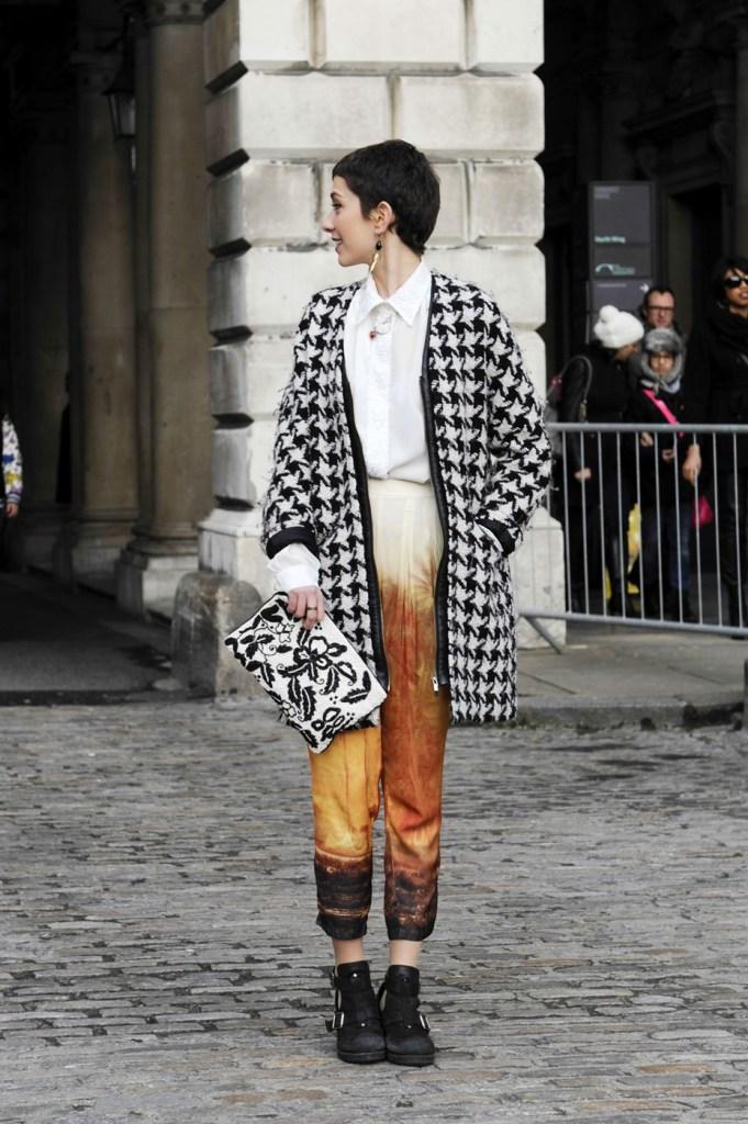 london-street-style-fashion-week-day-2-february-2014-the-impression-theimpression-027
