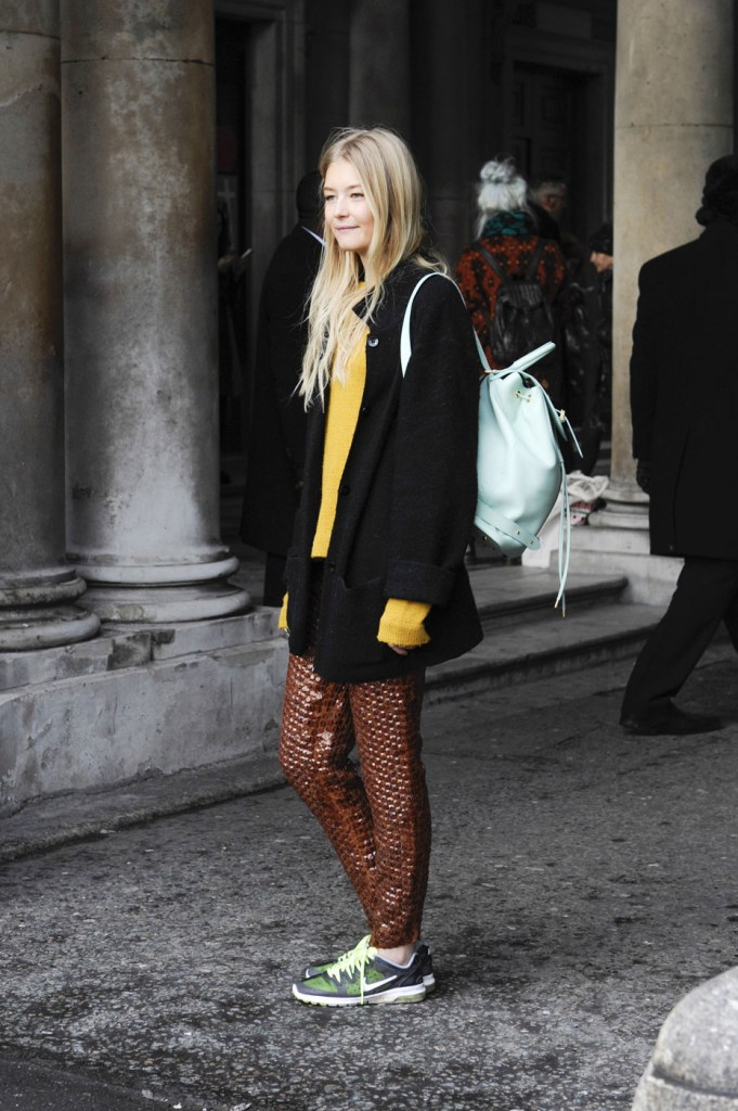 london-street-style-fashion-week-day-2-february-2014-the-impression-theimpression-040
