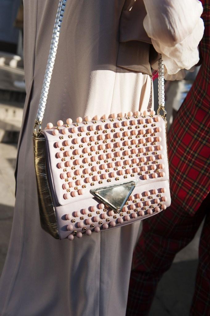 london-street-style-fashion-week-day-2-february-2014-the-impression-theimpression-051