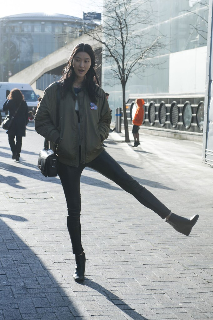 london-street-style-fashion-week-day-3-february-2014-the-impression-theimpression-003