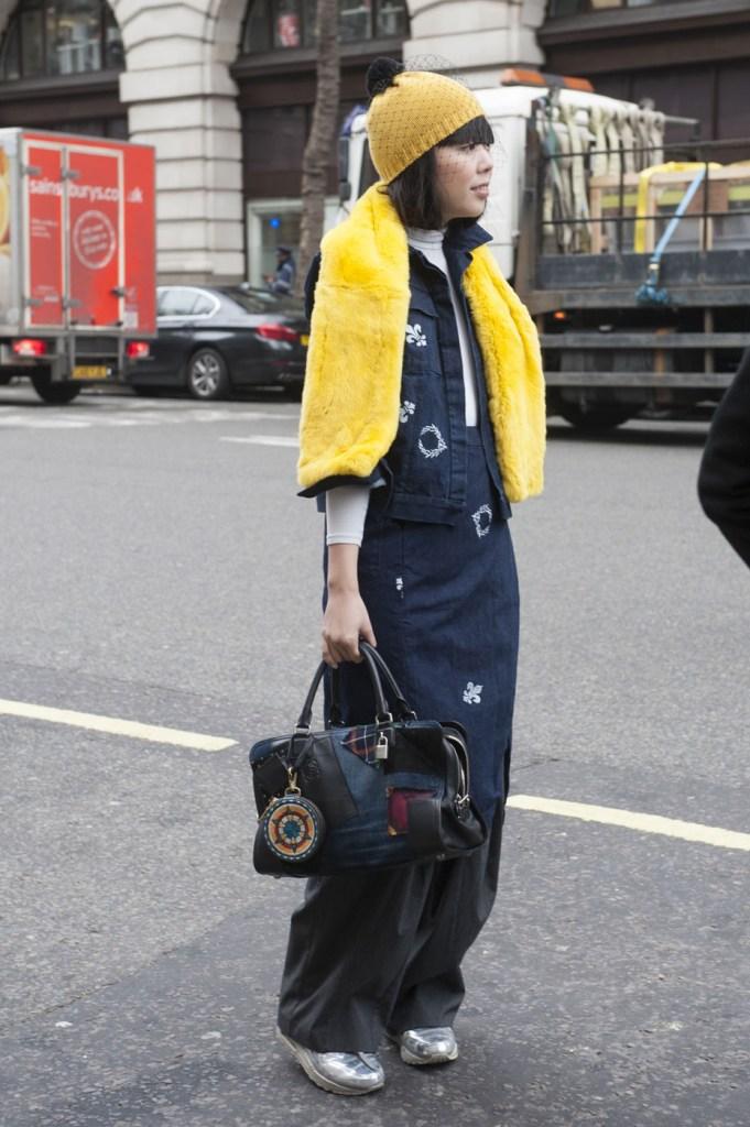 london-street-style-fashion-week-day-4-february-2014-the-impression-theimpression-056