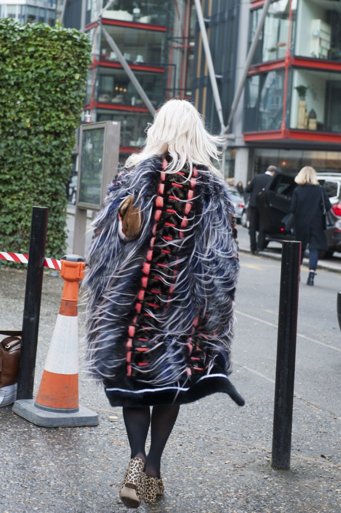 london-street-style-fashion-week-day-5-february-2014-the-impression-theimpression-054