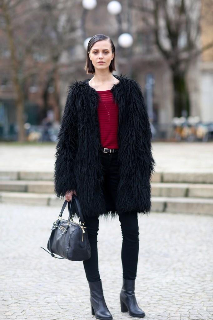 milan-street-style-fashion-week-day-2-february-2014-the-impression-theimpression-32