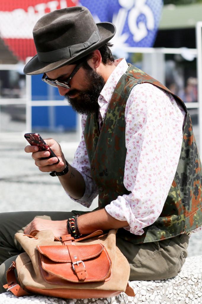mens-street-style-pitti-uomo-frienze-florence-the-impression-june-2014-28