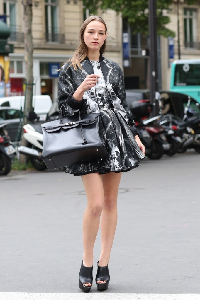 Street-Style-Day-3-Paris-Couture-Fashion-Week-the-impression-july-2014-021