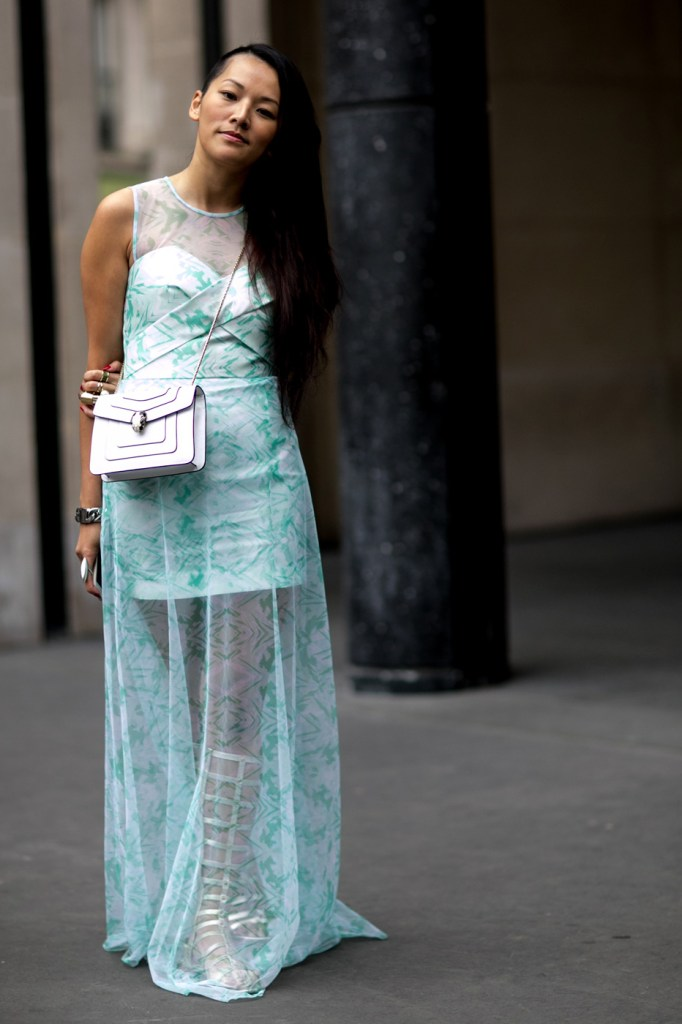 Street-Style-Day-3-Paris-Couture-Fashion-Week-the-impression-july-2014-038