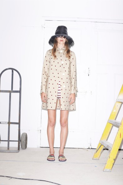 Band-of-Outsiders-spring-2015-runway-fashion-show-the-impression-011