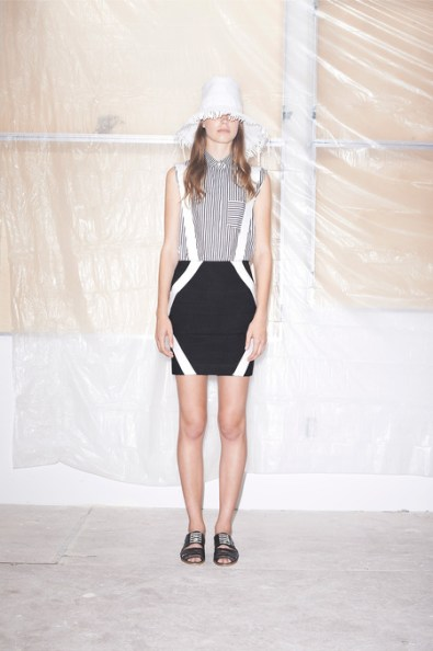 Band-of-Outsiders-spring-2015-runway-fashion-show-the-impression-025