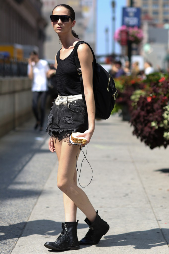 new-york-street-style-nyfw-day-3-sept-2014-the-impression011