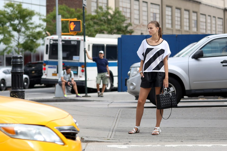 new-york-street-style-nyfw-day-5-sept-2014-the-impression-003