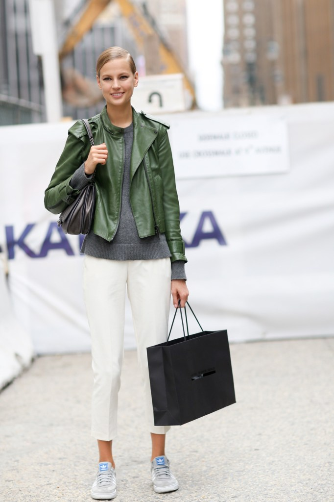 new-york-street-style-nyfw-day-6-sept-2014-the-impression-039