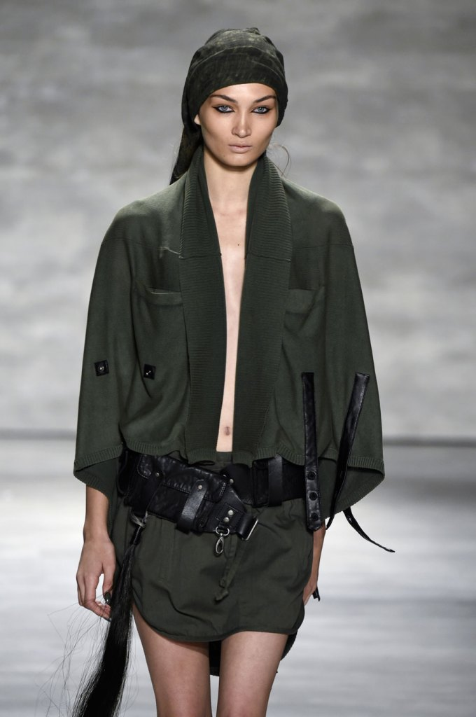 Nicholas-K-spring-2015-runway-fashion-show-the-impression-006