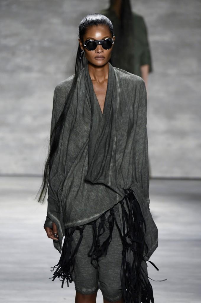 Nicholas-K-spring-2015-runway-fashion-show-the-impression-014
