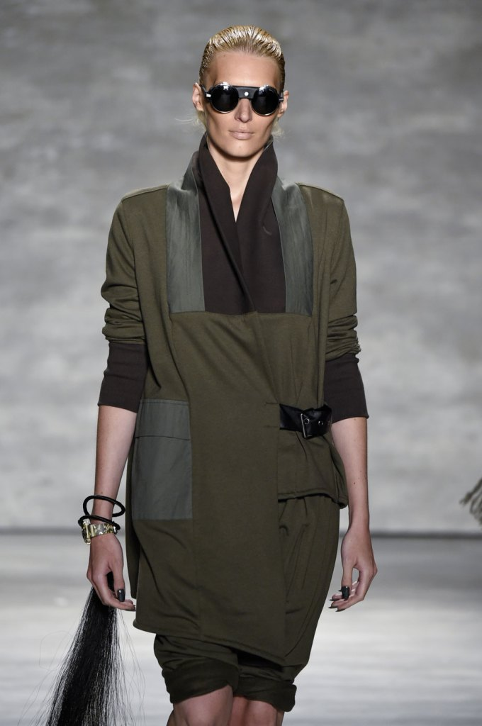 Nicholas-K-spring-2015-runway-fashion-show-the-impression-018
