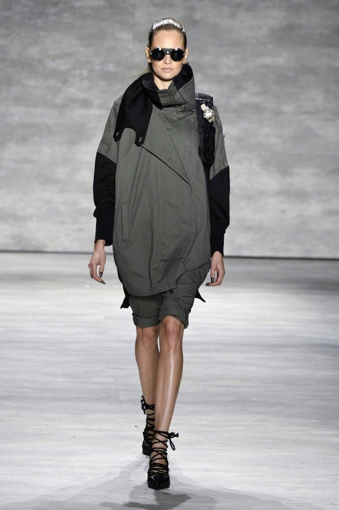 Nicholas-K-spring-2015-runway-fashion-show-the-impression-019