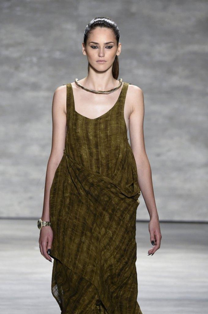 Nicholas-K-spring-2015-runway-fashion-show-the-impression-032