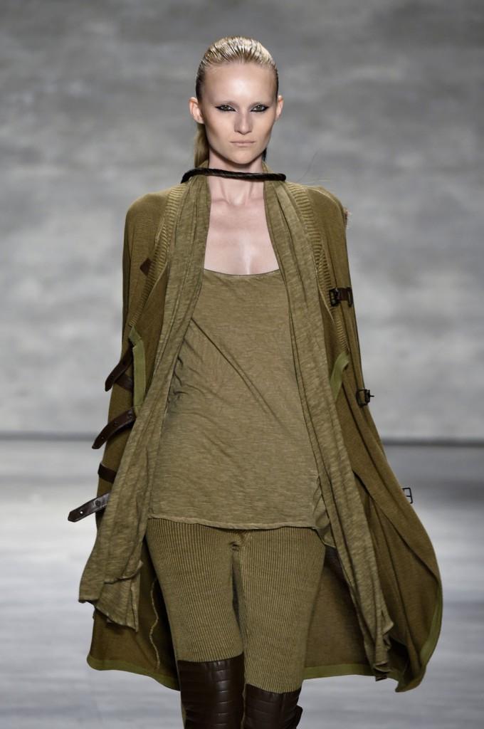 Nicholas-K-spring-2015-runway-fashion-show-the-impression-038
