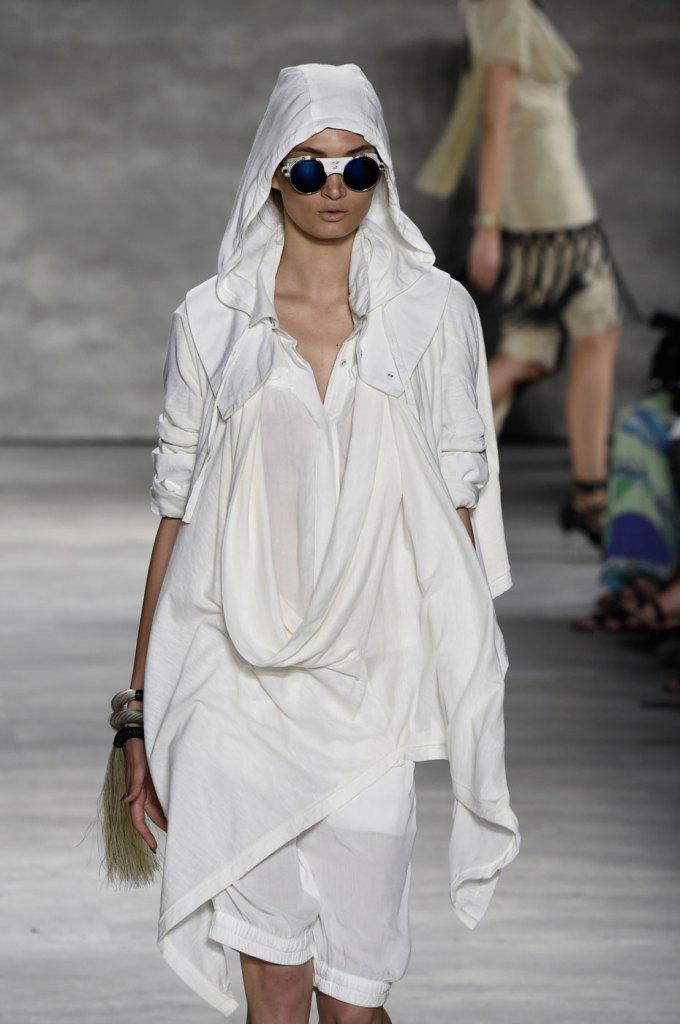 Nicholas-K-spring-2015-runway-fashion-show-the-impression-046