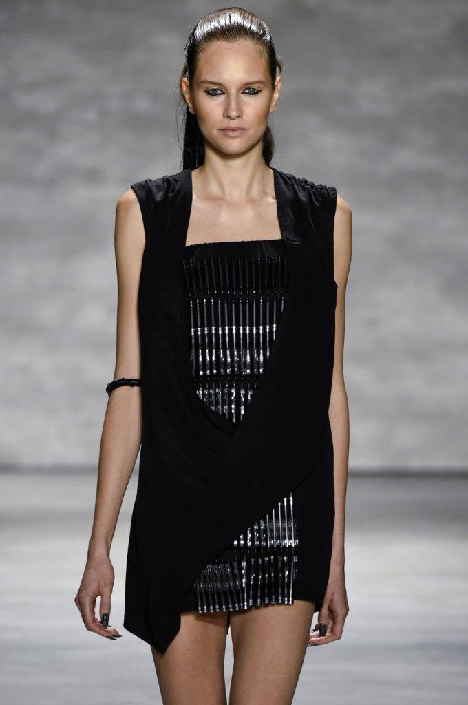 Nicholas-K-spring-2015-runway-fashion-show-the-impression-068