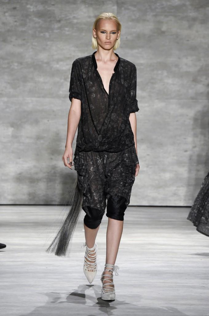 Nicholas-K-spring-2015-runway-fashion-show-the-impression-073