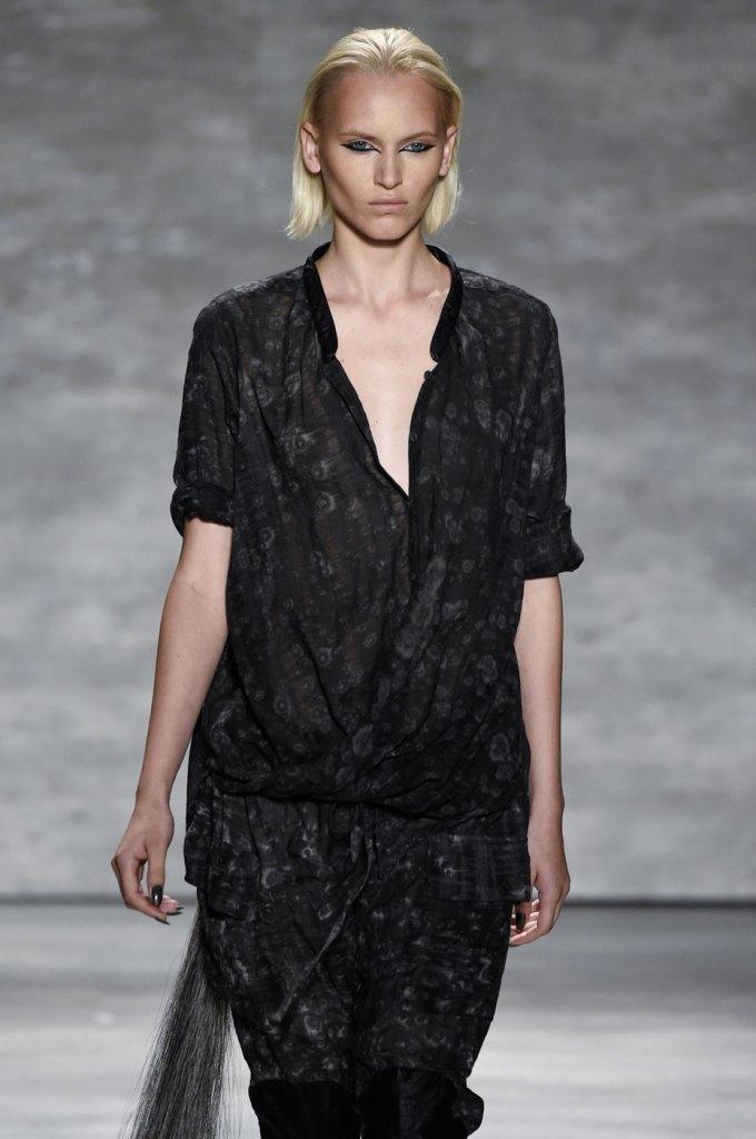 Nicholas-K-spring-2015-runway-fashion-show-the-impression-074