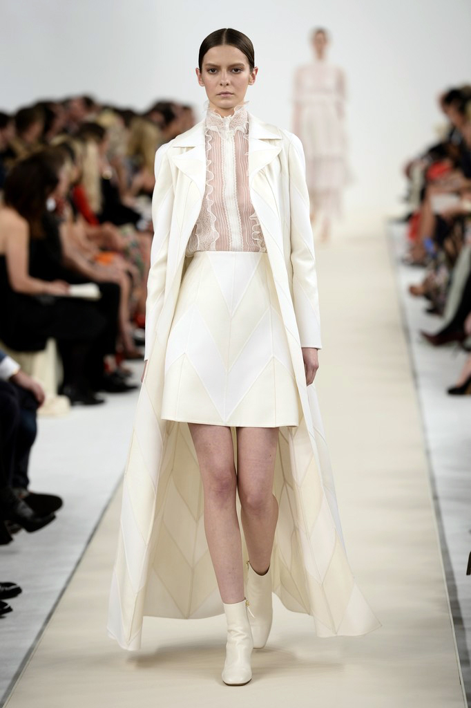 valentino-haute-couture-2015-the-impression-55