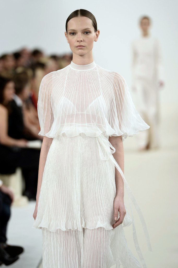 valentino-haute-couture-2015-the-impression-58