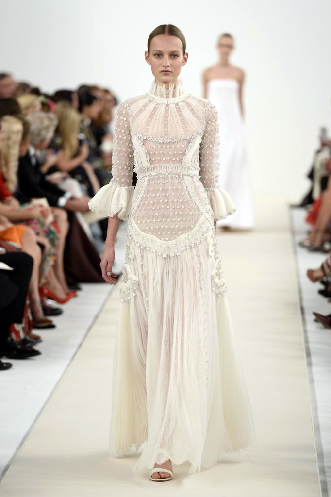 valentino-haute-couture-2015-the-impression-87