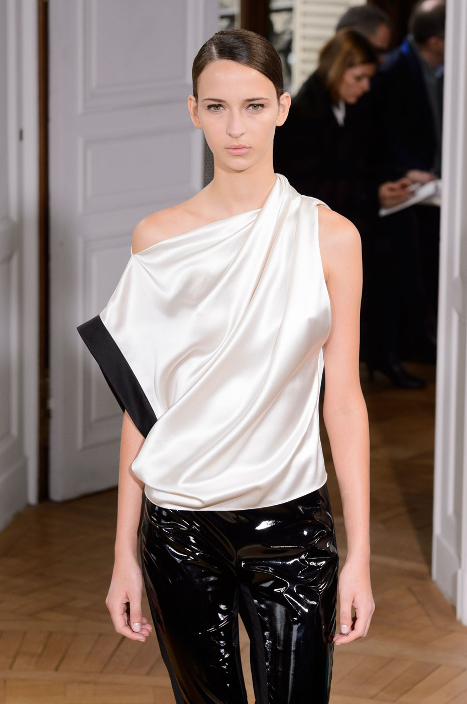 Bouchra-Jarrar-fashion-runway-show-haute-couture-paris-spring-summer-2015-the-impression-18