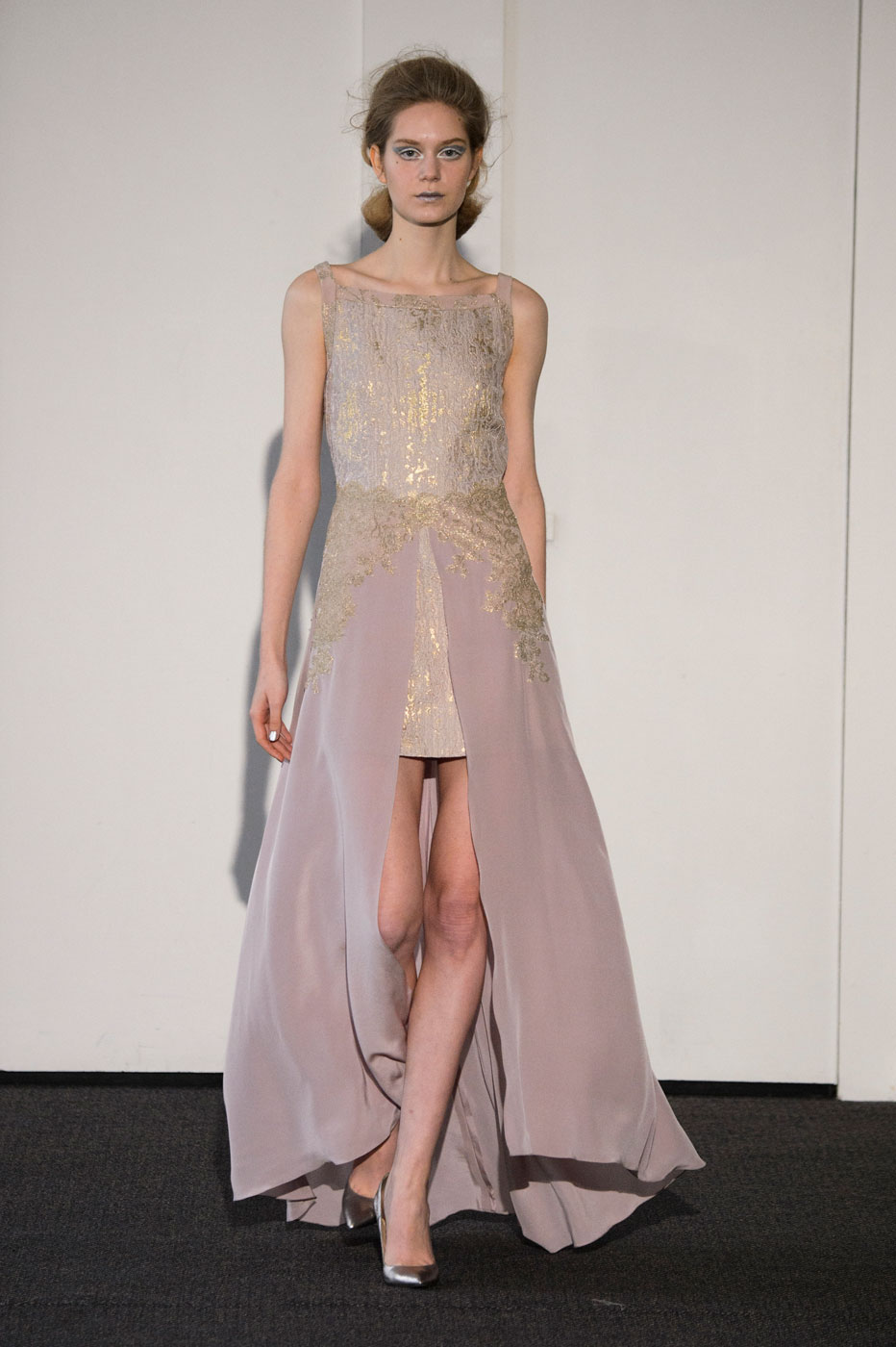 Busardi-fashion-runway-show-haute-couture-paris-spring-2015-the-impression-28
