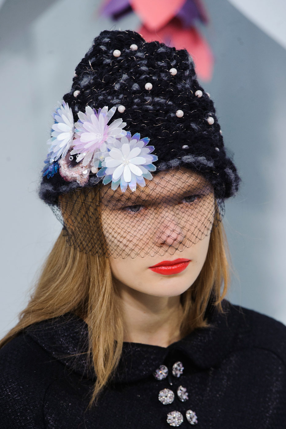 Chanel-fashion-runway-show-close-ups-haute-couture-paris-spring-summer-2015-the-impression-040