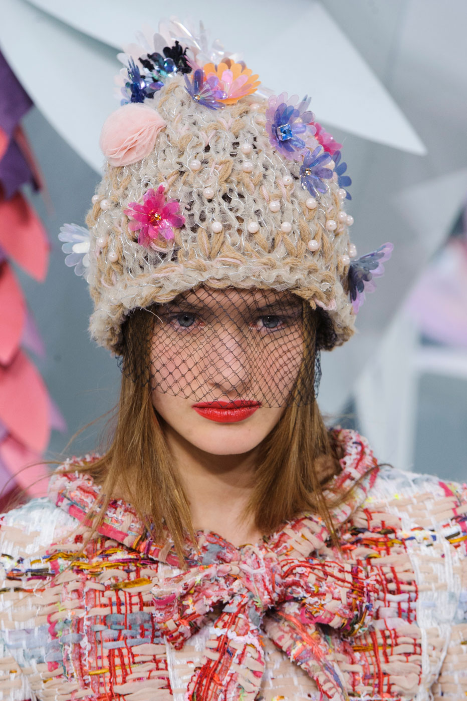 Chanel-fashion-runway-show-close-ups-haute-couture-paris-spring-summer-2015-the-impression-057