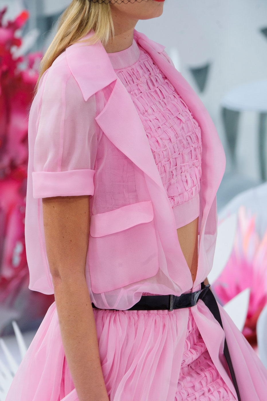 Chanel-fashion-runway-show-close-ups-haute-couture-paris-spring-summer-2015-the-impression-062
