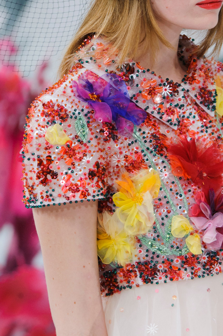Chanel-fashion-runway-show-close-ups-haute-couture-paris-spring-summer-2015-the-impression-091