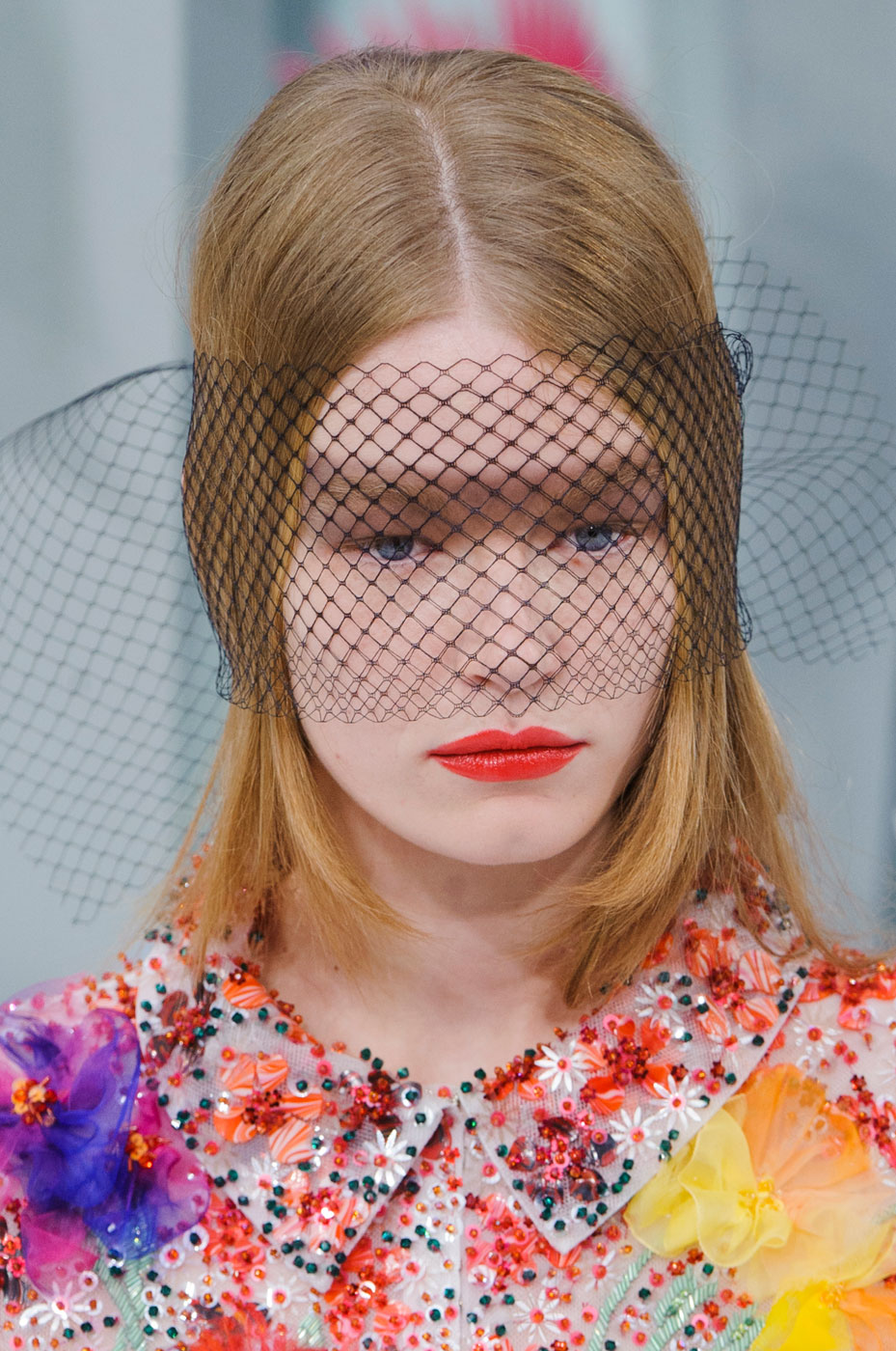 Chanel-fashion-runway-show-close-ups-haute-couture-paris-spring-summer-2015-the-impression-092