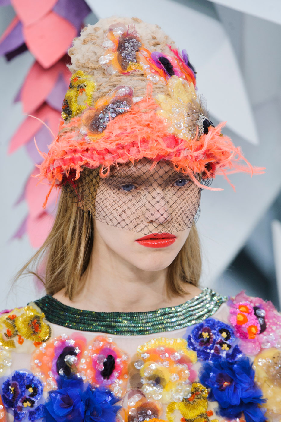 Chanel-fashion-runway-show-close-ups-haute-couture-paris-spring-summer-2015-the-impression-095