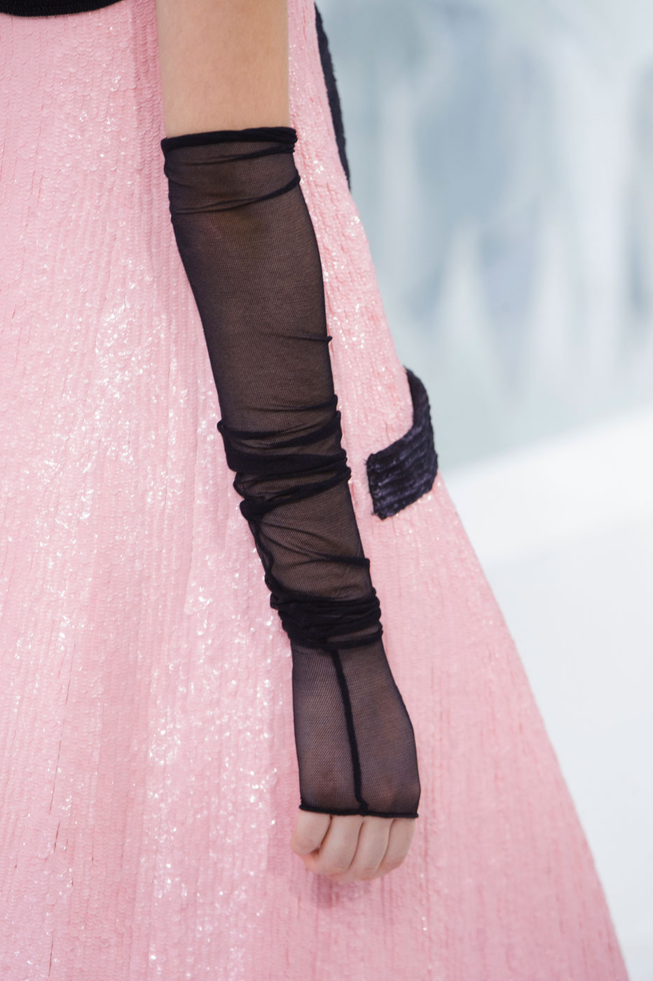 Chanel-fashion-runway-show-close-ups-haute-couture-paris-spring-summer-2015-the-impression-110