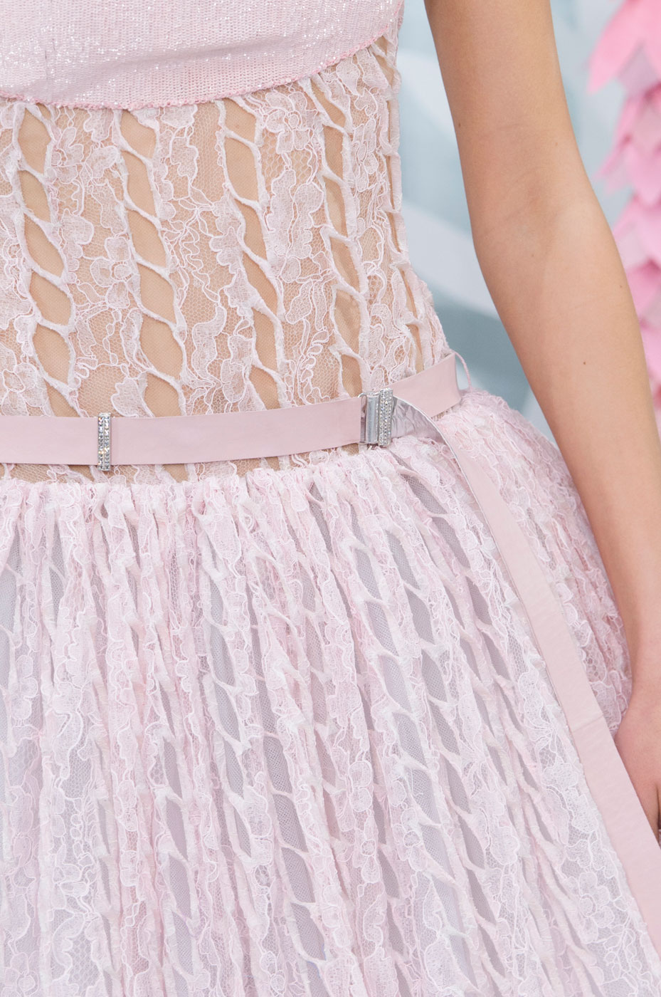 Chanel-fashion-runway-show-close-ups-haute-couture-paris-spring-summer-2015-the-impression-136